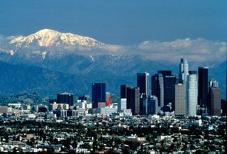 Downtown_LosAngeles,mountains_Grimm,Tom+Michele