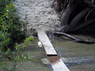 Stream_crossing_aliso_creek